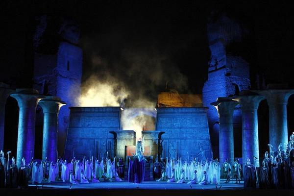 Savile Row - Malintesi due (Aida)